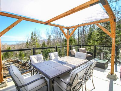 Photo for Beautiful lodge on 3 floors, view & spa Charlevoix