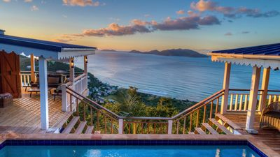 Photo for Pelican Peak Villa, Panoramic Island Views, Only minutes to the best Beaches.