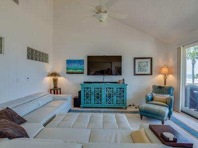 Photo for Stunning luxurious oceanfront condo