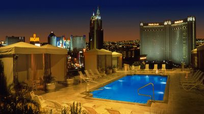 Photo for 2 Bedroom 2 Bath Villas for 6 on the Vegas Strip!