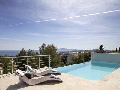 Photo for 6BR House Vacation Rental in Bandol, Provence-Alpes-Côte d'Azur