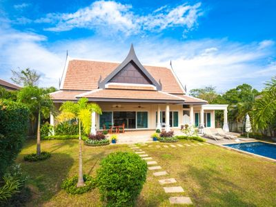 Photo for Nok Sawan - beautiful villa with 3 bedrooms large garden private pool with mountain view