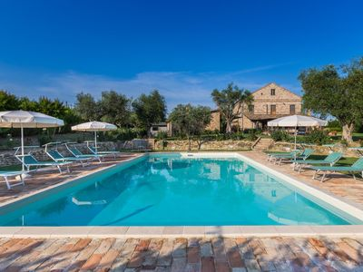 Photo for Villa Mici, comfortable country house with pool near Fermo, 15 minutes from the Adriatic Coast