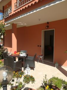 Photo for ORANGE HOUSE, FAVORABLE LOCATION, PRIVATE GARDEN, INDEPENDENT ENTRANCE. CLIMAT.,WIFI