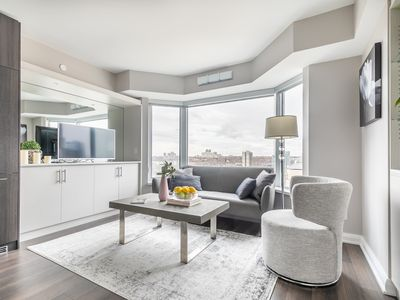 Photo for Dream Suite in Yorkville