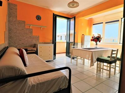 Photo for Calipso apartment in Torre dell'Orso with integrated air conditioning, private terrace & balcony.