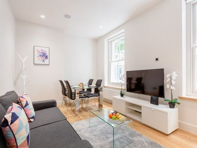 Photo for FITZROVIA LOVELY 1BR FLAT - SUPER  CENTRAL LONDON