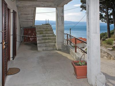 Photo for One bedroom apartment with terrace and sea view Nemira (Omiš)