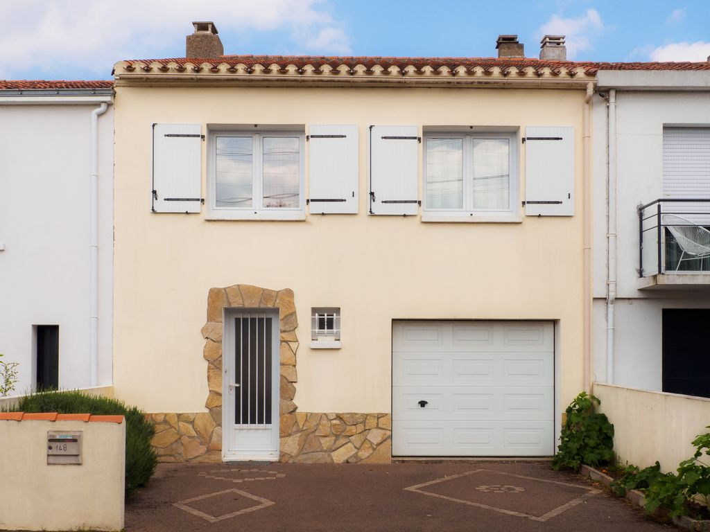 Very nice house la chaume well located comfortable quiet for Very nice house