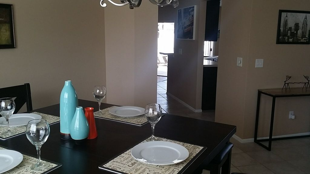CHARMING HOUSE / EXCELLENT LOCATION / PRIVATE POOL / SUPER CLEAN