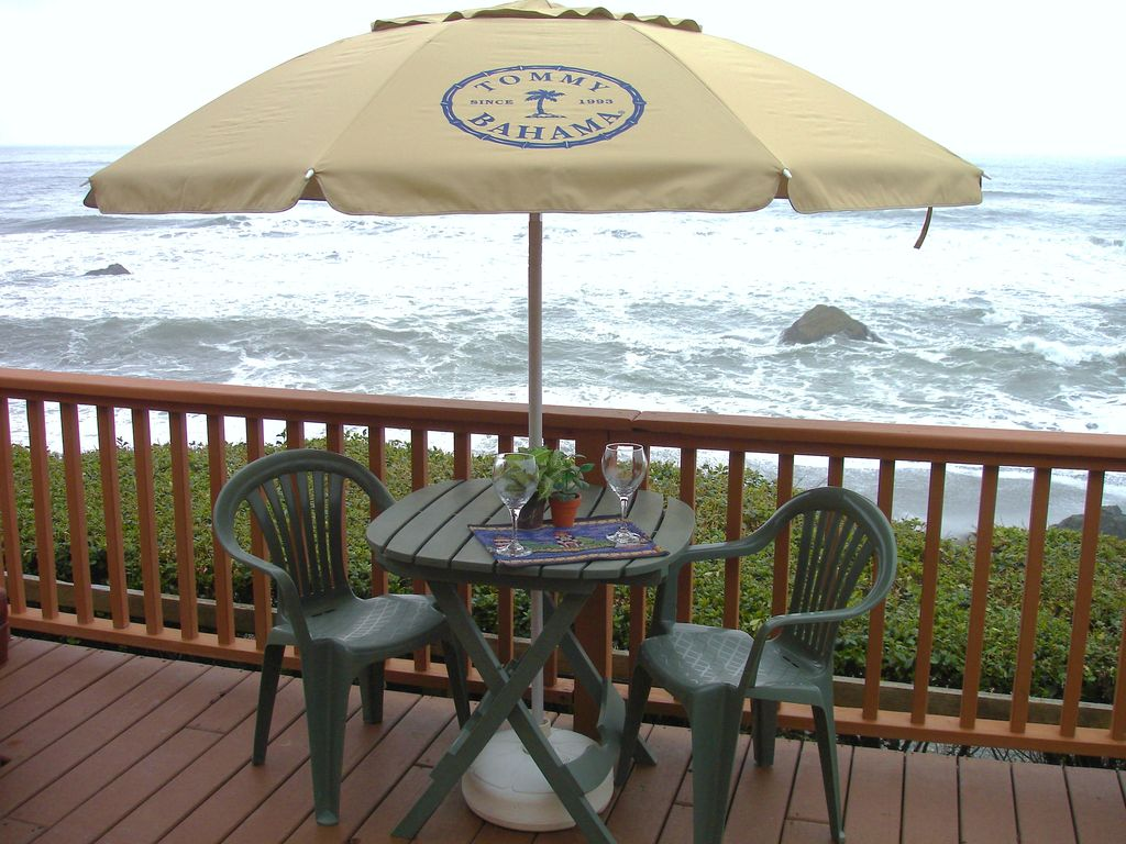 Ocean front cabin ancient mariner brookings or smith for Cabin rentals brookings oregon