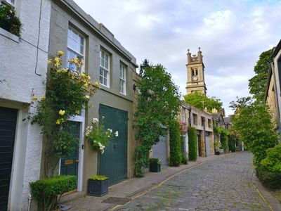 Photo for Lovely City Centre Mews House - perfect location