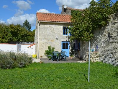 Photo for Le Petit Logis (1 Bedroom, Sleeps 2/4)