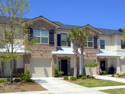 Best New St. Simons FLETC/Vacation Rental-3Br/2.5Ba Townhome/Bikes/Pool/Garage