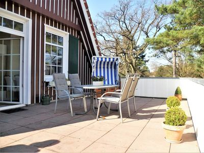Photo for Apartment with roof terrace - Haus Tanneneck on the beach