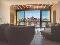 A fantastic apartment; modern, spacious, extremely clean with spectacular views