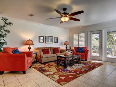 Photo for Awesome 2 bed 2 bath condo right on the river in the heart of New Braunfels!