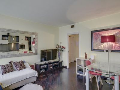 Photo for GREAT LOCATION IN MILAN! WALKING DISTANCE TO EVERYTHING. LUXURY APARTMENT.