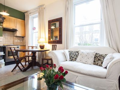 Photo for Lovely Victorian 2 bedroom flat