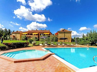 Photo for Apartment Begonia in Montaione - 6 persons, 2 bedrooms
