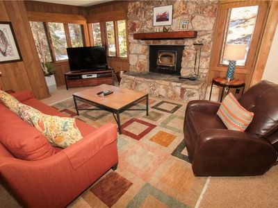 Photo for Mountainback #73, Den: 2 BR / 2 BA n/a in Mammoth Lakes, Sleeps 6