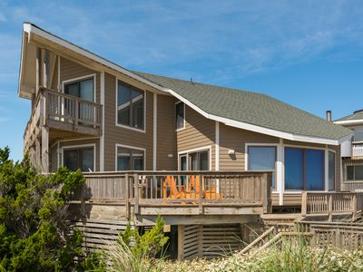 Photo for Pelican Post: Oceanfront, private walkway to the  beach, 4 bedrooms.