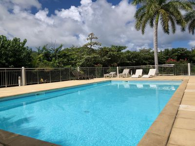 New charming studio, pool front, 3 mn walk to the beach