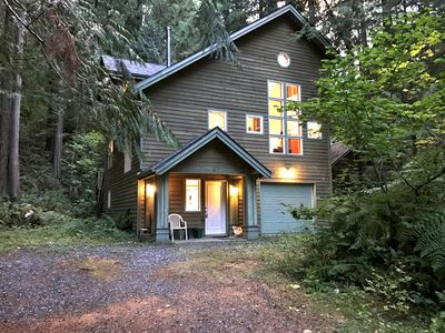 Photo for Snowline Cabin #51 - Executive style cabin that sleeps 8!