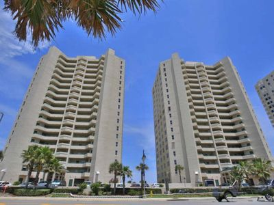 Photo for 18th Floor, Luxury Ocean Front Condo, Panoramic Views & Unbelievable Rates