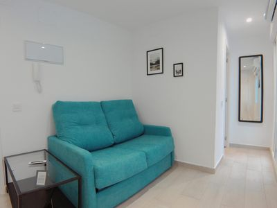 Photo for Ber VII apartment in Pinar de Chamartín with WiFi, air conditioning & private terrace.