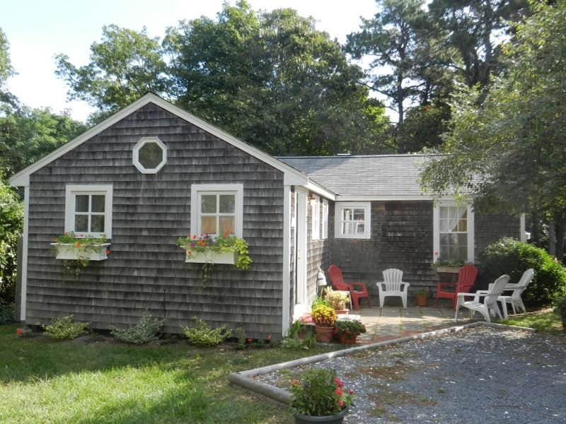 Cape cod cottage in nauset village homeaway for Cabin rentals in cape cod ma