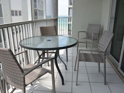 Photo for Steps to #1 Beach on Siesta Key. Open Kitchen, Remodeled, Relaxing Decor - This 2/2 has it all!