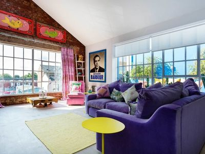 Photo for Soulful Apartment - In London (City of Westminster)