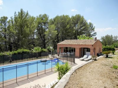 Photo for Vacation home Le Cabanon (DRA170) in Draguignan - 3 persons, 1 bedrooms