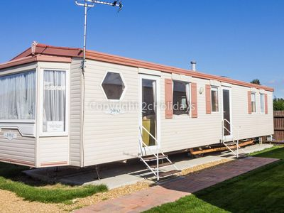Photo for Great caravan for hire by the beach in Norfolk, by Hunstanton beach ref 13005
