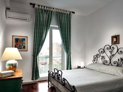 Photo for 2BR Apartment Vacation Rental in Sorrento, Nápoles