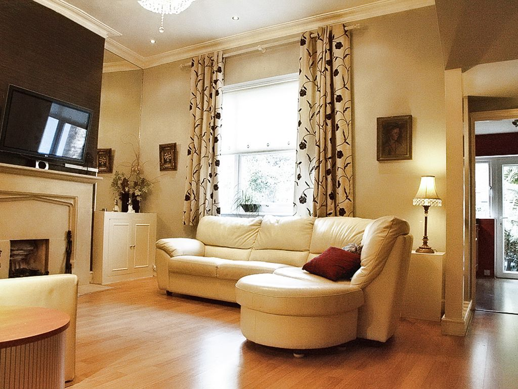 Central London Kensington Apartment - Chime... - HomeAway