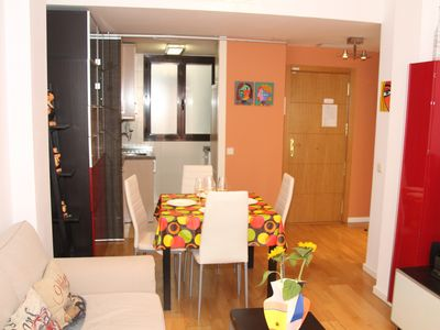 Photo for Spacious Magdalena apartment in Huertas with WiFi, air conditioning & lift.