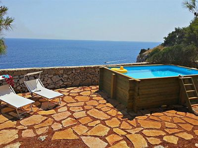 Photo for 1040 Casa Vacanze con Piscina  Fronte Mare a Castro