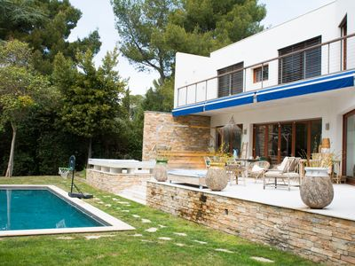 Photo for Villa Bohème, beautiful contemporary villa with pool in Montpellier