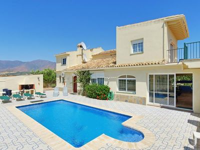 Photo for 4 bedroom Villa, sleeps 9 in Buenas Noches with Pool, Air Con and WiFi