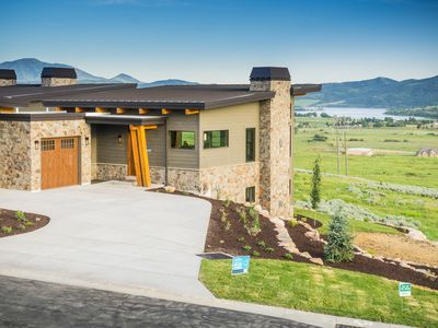 "Photo for New! ""the Ridge""  Mountain Modern, Valley Views 4 Bed / 3.5 Ba Pvt Hot Tub"