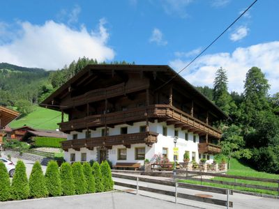 Photo for Apartment Ratschnhof (MHO587) in Mayrhofen - 7 persons, 3 bedrooms