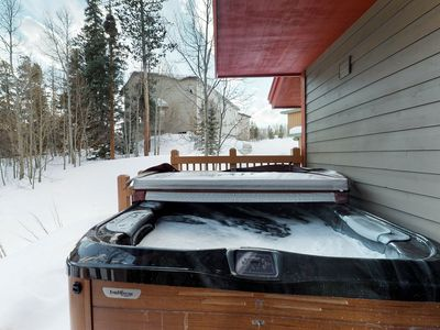 Photo for Stunning mountain home w/ private hot tub, gas grill and fully-equipped kitchen