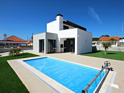 Photo for Luxury Holiday House for Rent   Three Bedroom   Private Swimming Pool   Foz do Arelho