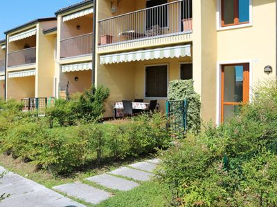 Photo for Apartment Residence San Marco (LAZ393) in Lazise - 4 persons, 1 bedrooms