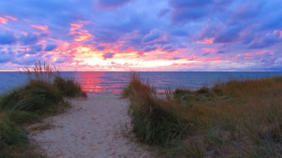 Photo for Getaway! Rekindle Love & Romance: Lake MI Sunsets, Beach Walks, Wine by the Fire