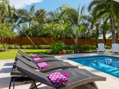 Photo for Newly Renovated Family Friendly Lrge Private Yard w heated pool Walk to Synagogu