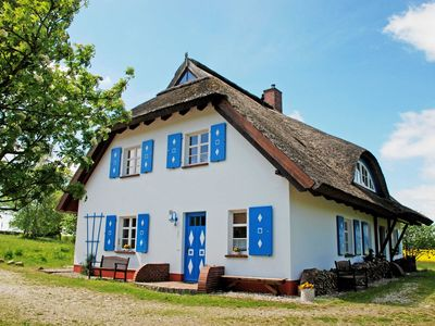 Photo for Apartment under thatched roof Haus Sonnenwinkel