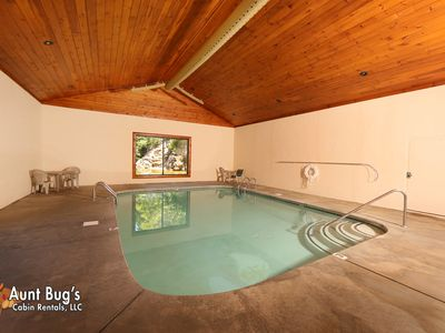 Photo for Pigeon Forge Resort Cabin with Pool Access, Hot Tub, Jacuzzi and Hot Tub